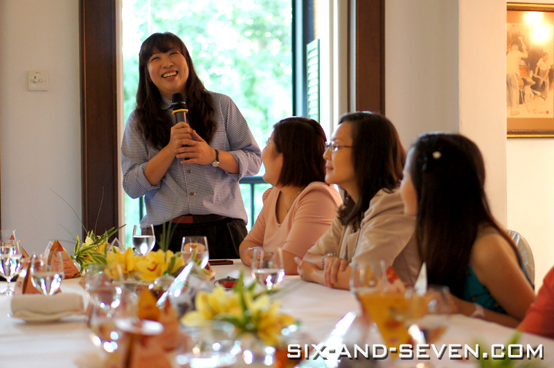Six seven au jardin by les amis summer high tea with for Au jardin singapore menu