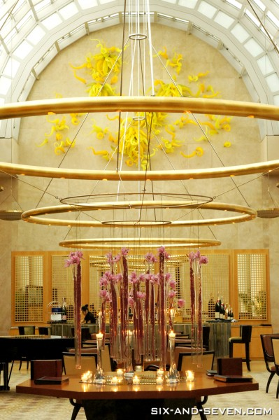 Chihuly Lounge Ritz Carlton Millenia - Interior