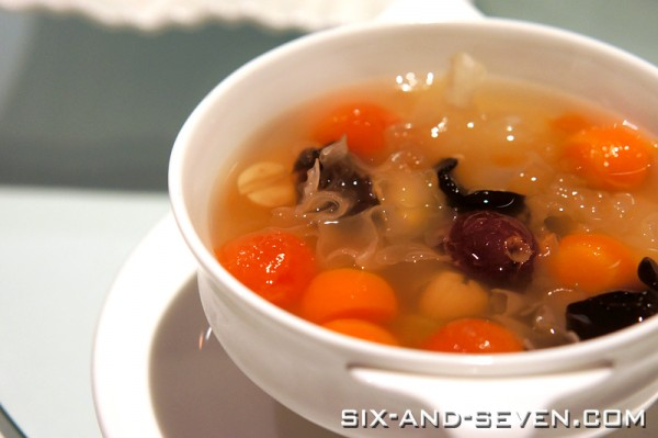 Feng Shui Inn Resorts World Sentosa - Hong Kong Masterpieces - Chilled 9 Treasure Sweet Soup