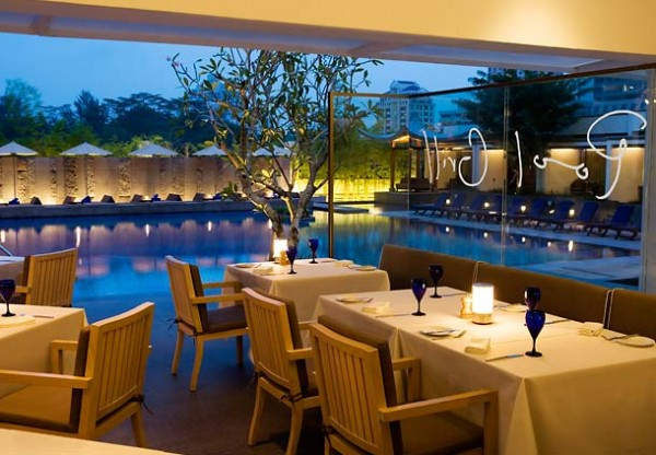 Singapore Marriott Hotel Pool Grill - Interior