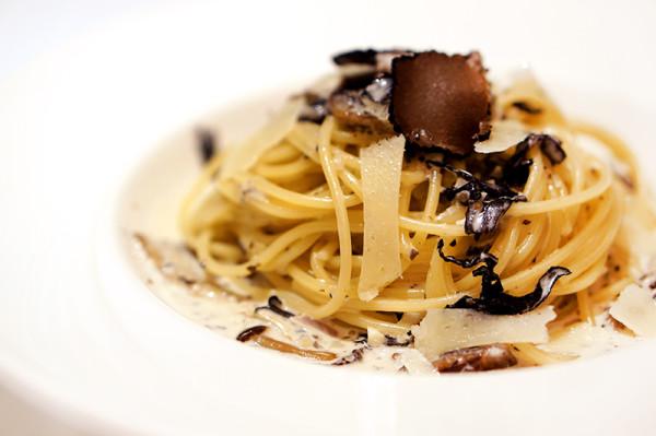 Dazzling Cafe Singapore, Capitol Piazza - Black Truffle & Wild Mushroom Spaghetti
