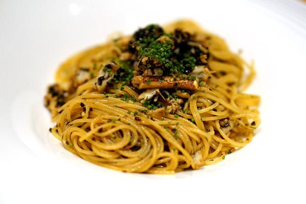 Violet Herbs - Tras Street - Sri Lankan Crab Meat Pasta