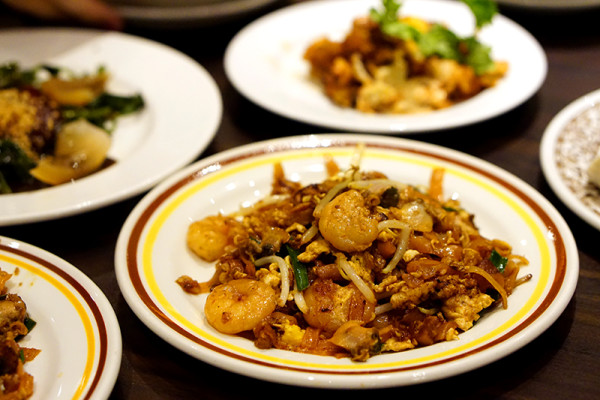 York Hotel Singapore - Penang Hawkers' Fare Buffet - Char Kway Teow