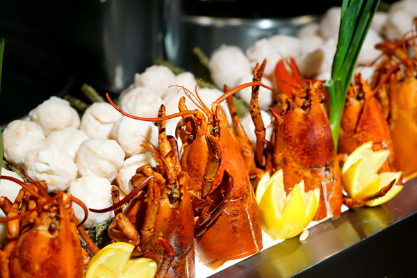 Colony at The Ritz-Carlton Millenia Singapore - Homemade Lobster Balls