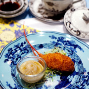 The Ritz-Carlton, Millenia Singapore Unveils a New Summer Pavilion - Steamed Chicken, Hairy Crab Roe Dumpling and Baked Stuffed Boston Lobster