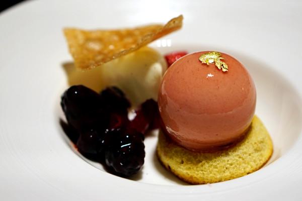 European restaurant Ash & Elm - InterContinental Singapore - Peach Melba