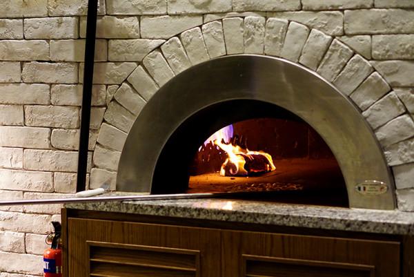 European restaurant Ash & Elm - InterContinental Singapore - Wood Fired Oven