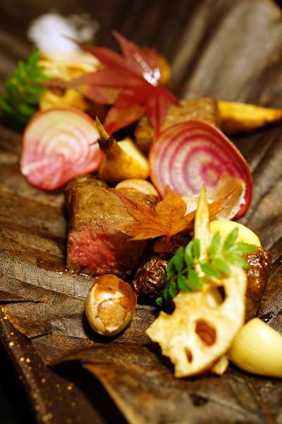 Mikuni Fugu Grand Tasting Menu - Fairmont Singapore - Miyazaki Wagyu Rib-eye, Seasonal Vegetables, Organic Beetroot, Yam, Chestnut, Garlic, Ginkgo Nut
