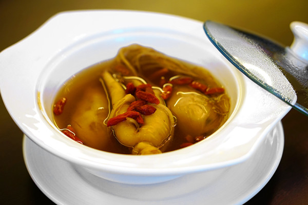 Chinese New Year 2016 - Concorde Hotel Singapore Presidential Jade Suite Chinese New Year Set Dinner - Doubled Boiled Chicken Soup with Fish Maw, Dried Coral Clam, Morel Mushroom and Bamboo Pith