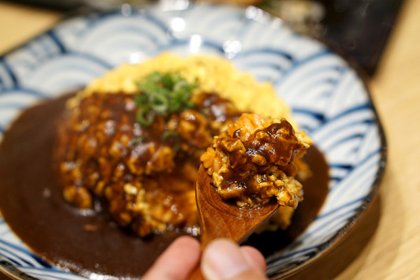 Ramen Keisuke Lobster King by Keisuke Takeda - Fluffy Omelet Rice Closeup