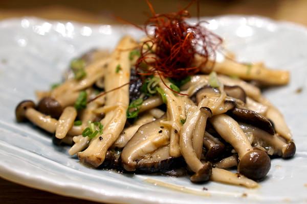 Ramen Keisuke Lobster King by Keisuke Takeda - Mushrooms