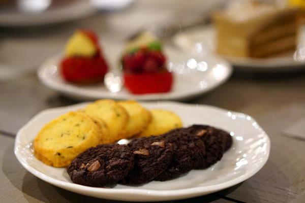 Angela May Food Chapters, Robinsons The Heeren - Cookies