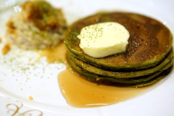 Antoinette Matcha Fetish - Matcha Pancakes