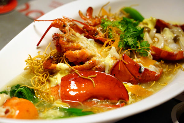 Pince & Pints Restaurant and Bar - New Limited Offerings - Lobster Noodles 1