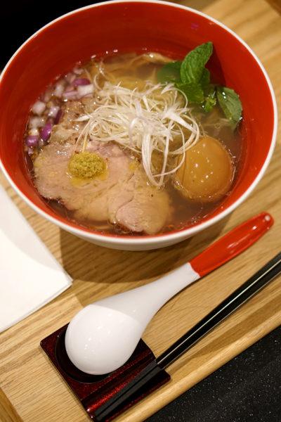 japanese-michelin-starred-ramen-eatery-in-singapore-char-siu-ajiama-shio-soba