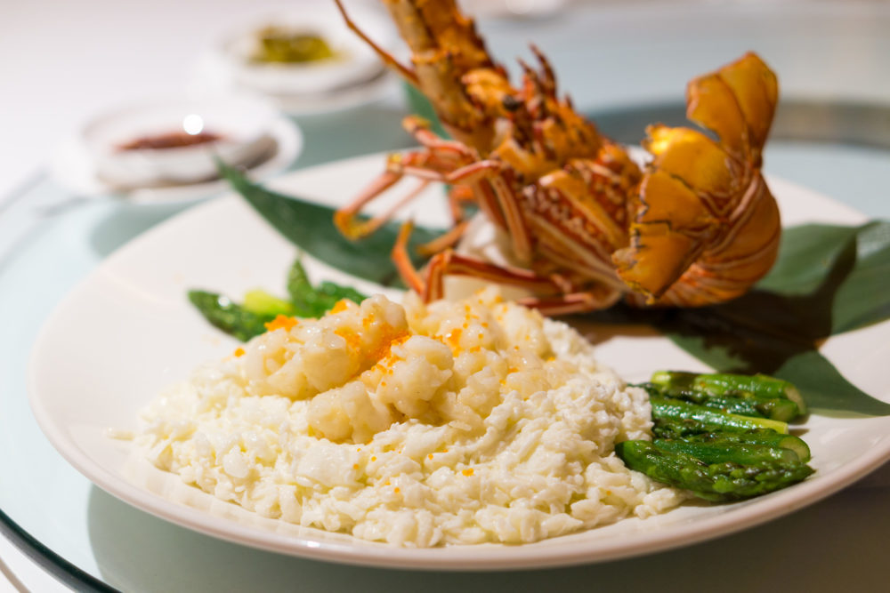 Chinese New Year 2018 - Yan National Gallery Singapore - Lobster Fillet with Egg White.jpg 2